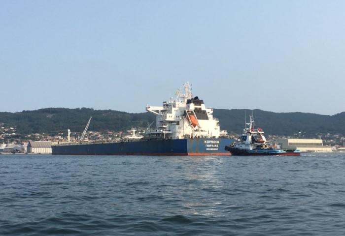 Descarga de más de 70.000 toneladas de granel a bordo de un solo buque