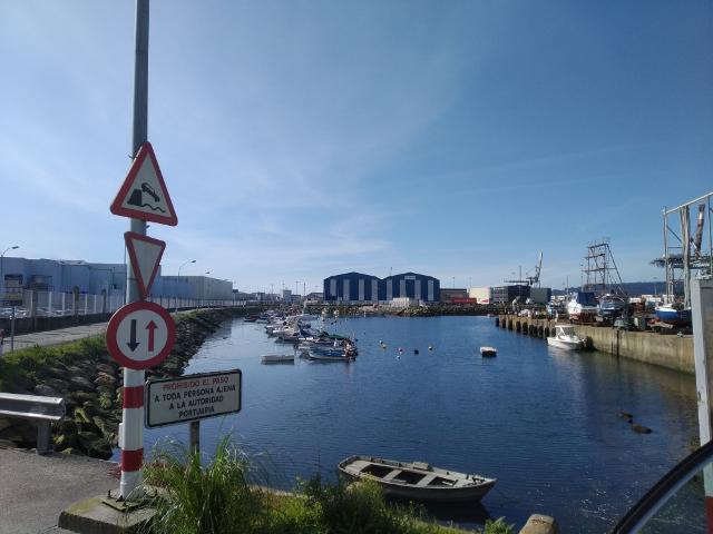 A Autoridade Portuaria investirá 800.000 euros na remodelación da dársena de Praceres